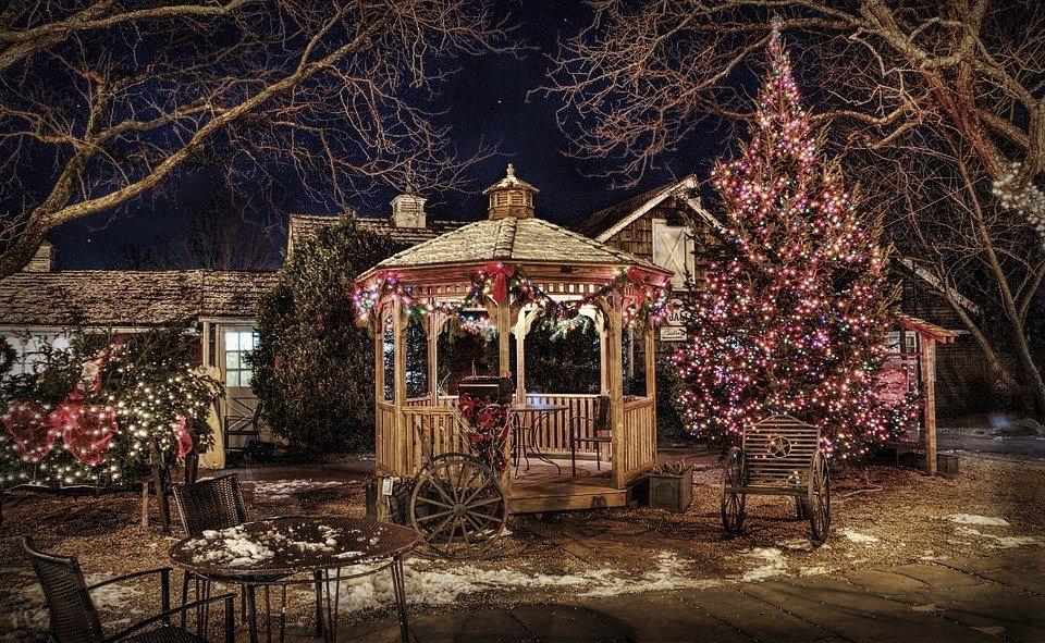 instalații luminoase de Crăciun (2)